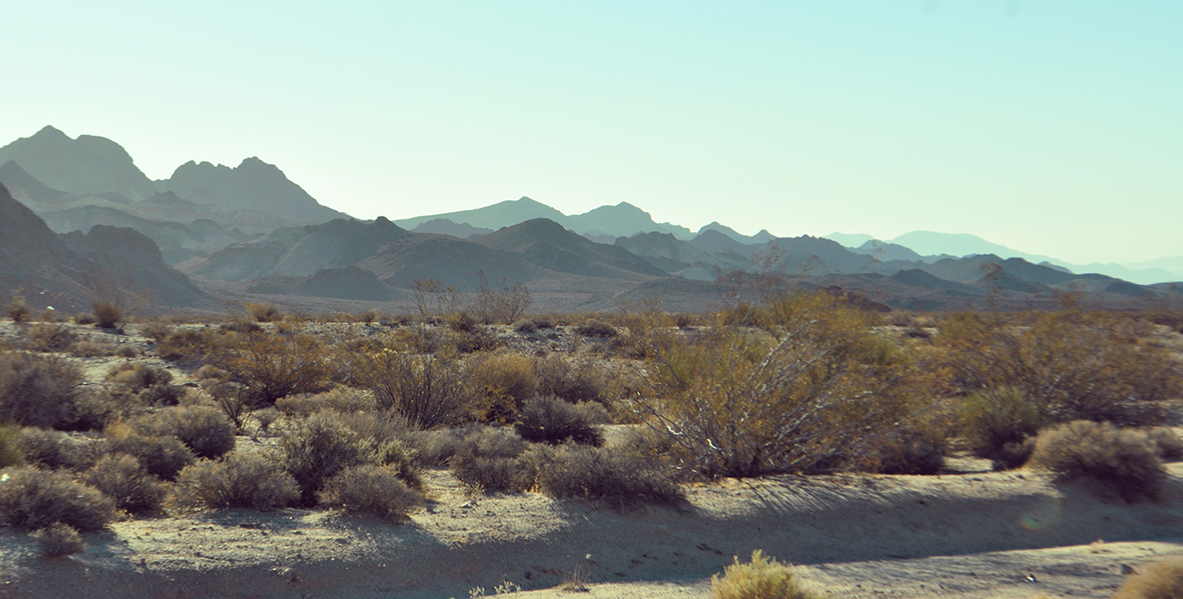 photo - mojave mountains